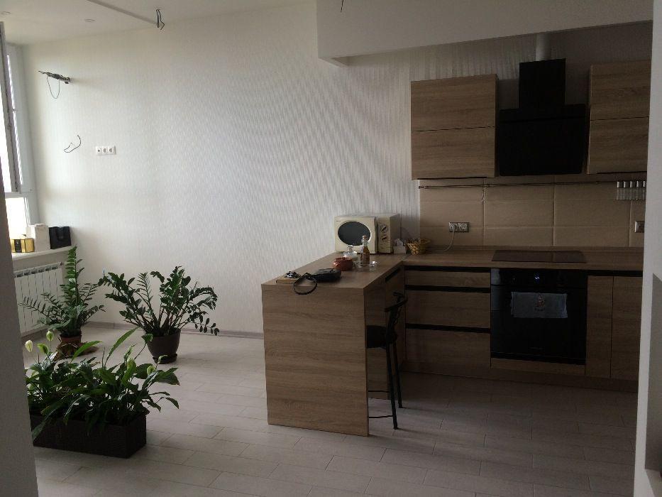 na prenájom 2-Spálňový apartmán  Kyjiv