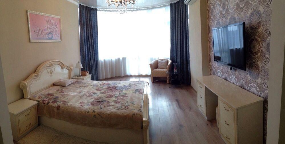 na prenájom 1-Spálňový apartmán  Kyjiv